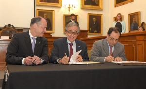 Foto: Assinatura Protocolo Feiras Emprego