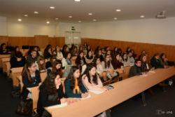 Foto: Conferência entre actores e instituições