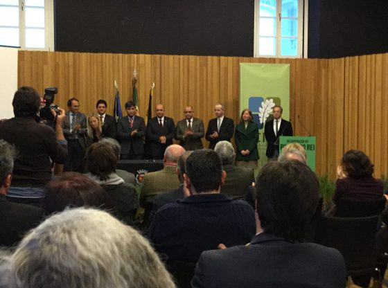 Foto: Membros da Comissao Apos Assinatura Protocolo